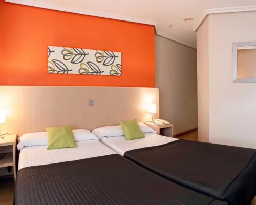 Imagen de OK HOTEL  LA BASILICA         OK APARTHOTEL PLATA       APARTAMENTOS RM